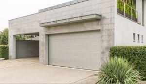 brama garażowa biała